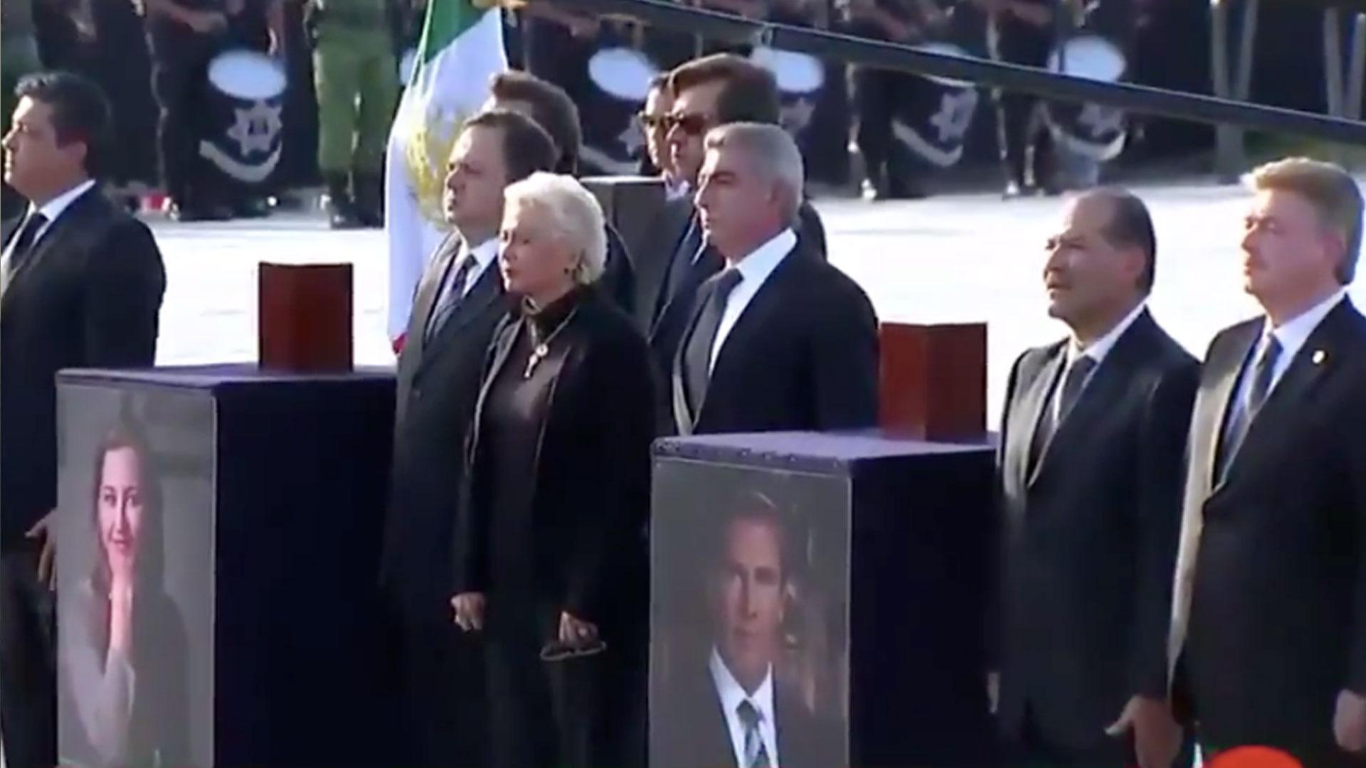 El 25 de diciembre se realizó el funeral de los ex gobernadores de Puebla y los 3 tripulantes que viajaban en el helicóptero (Foto: Captura Forotv, Televisa)