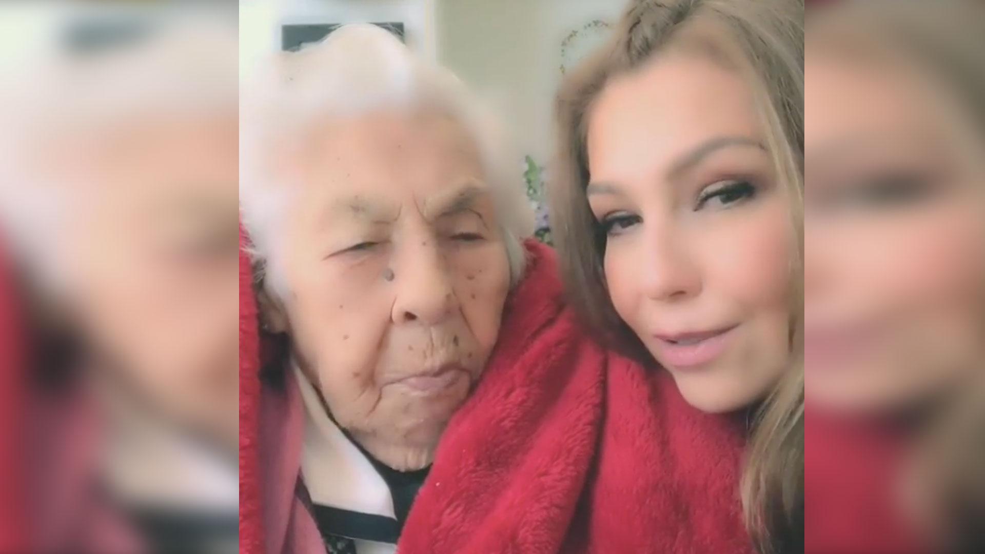 Thalía celebró el cumpleaños número 101 de su abuela, Eva Mange (Foto: Instagram thalia)