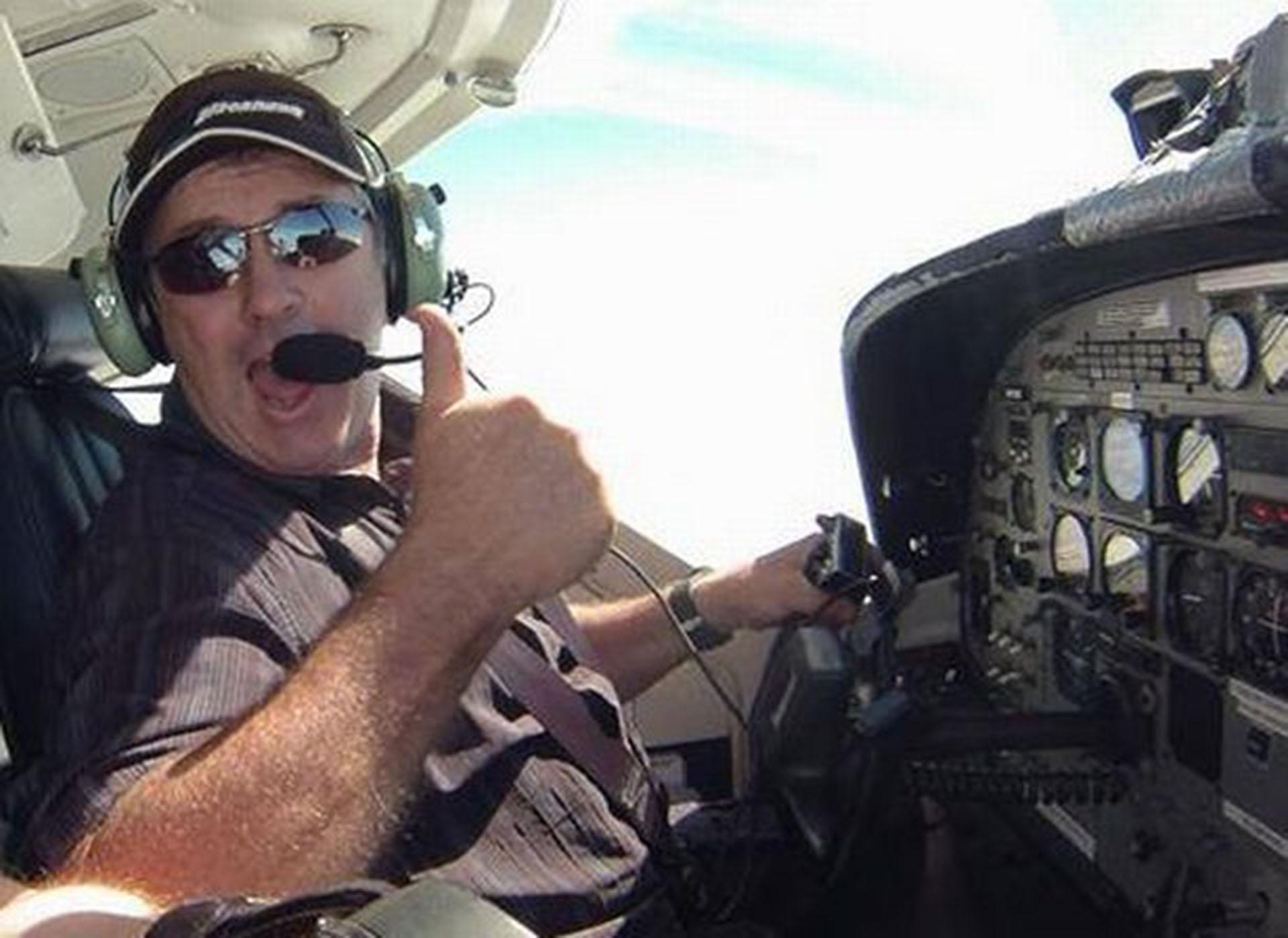 David Ibbotson, el piloto que comandaba el avión al momento de la desaparición (Foto: Grimsby Live)
